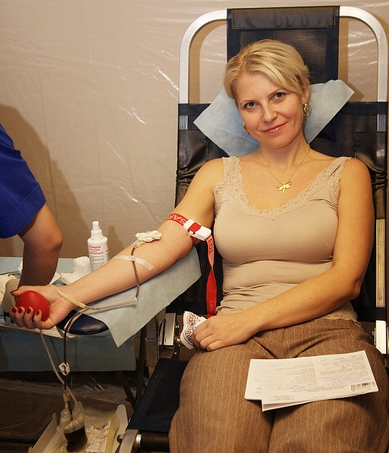 OMK employees donate blood