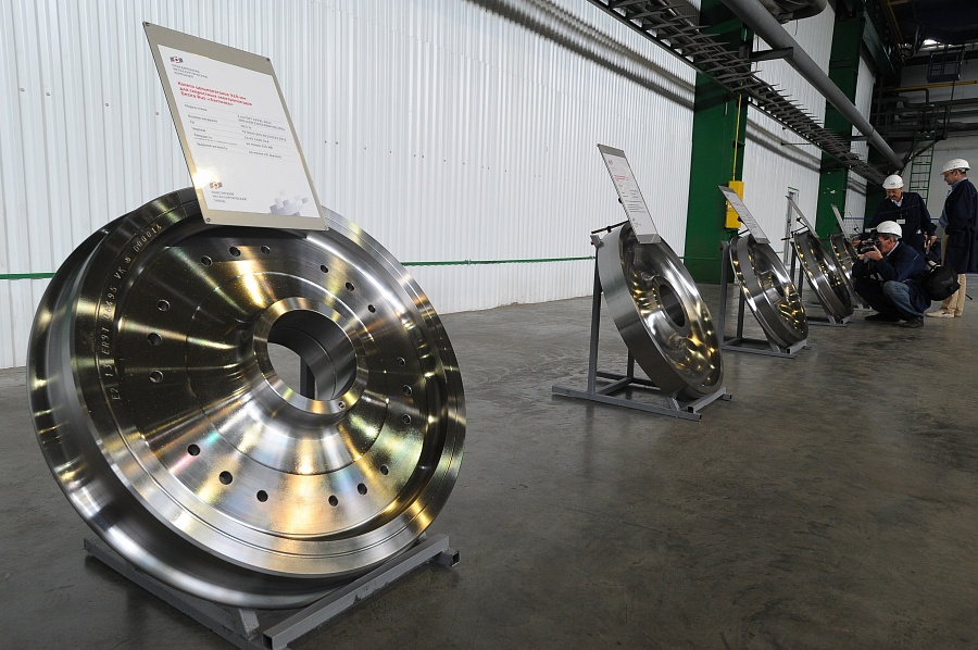 Launch of high-speed railway wheels production line